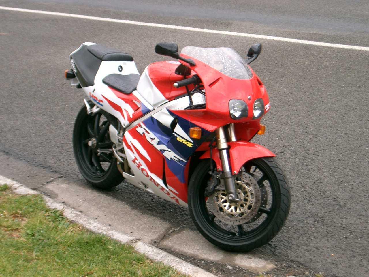 1994_Honda_RVF400